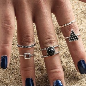 Jewelry - Vintage Midi Rings Set